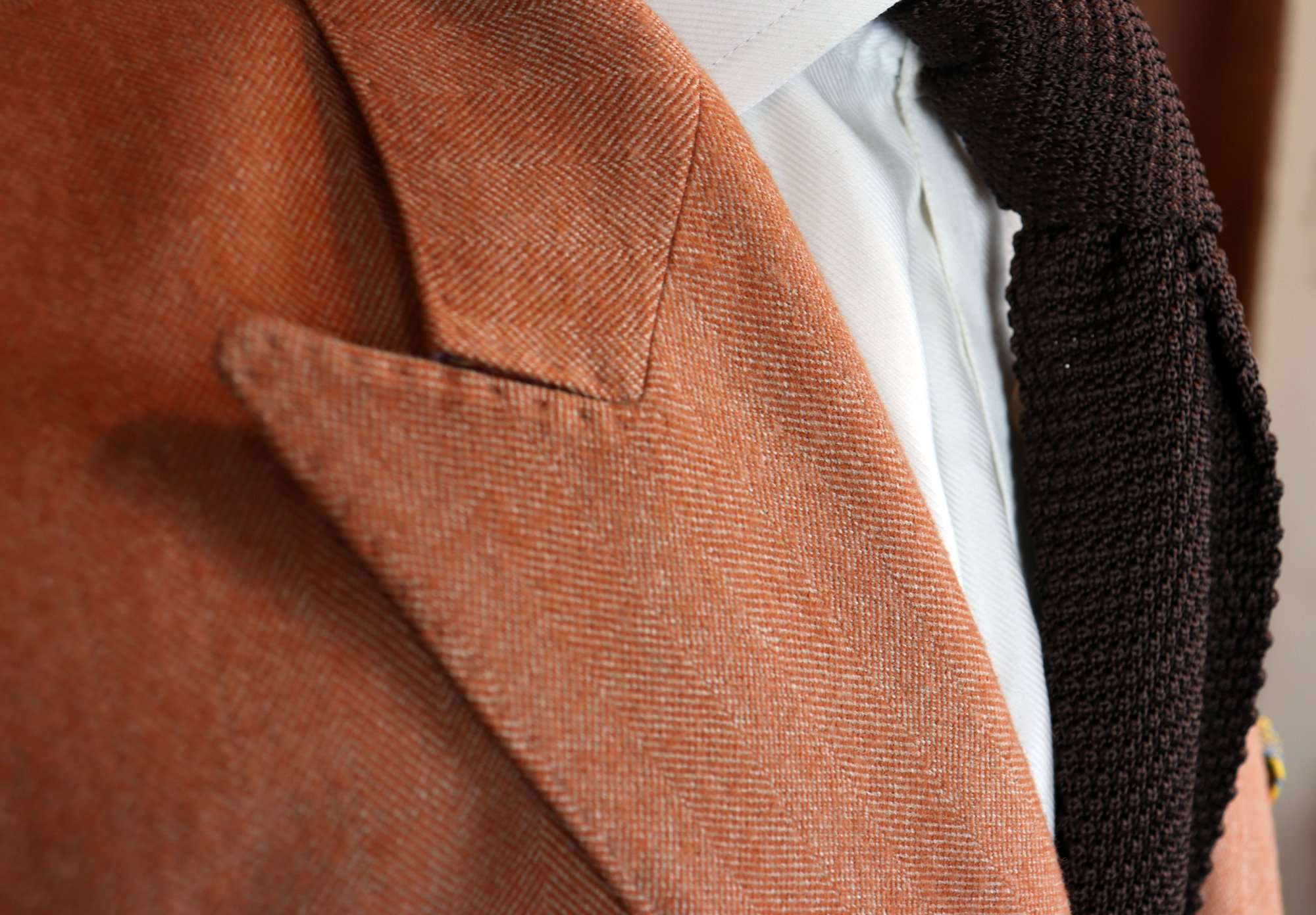 amf-stiching-made-to-measure-suits