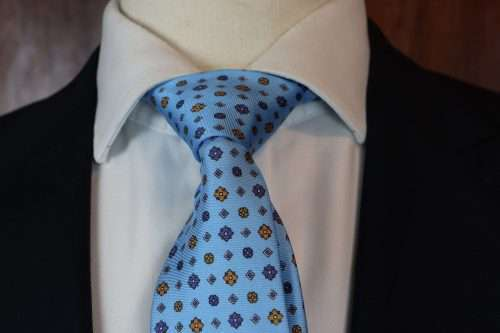 Luxury Silk Italian Tie - Baby Blue Silk Medallion